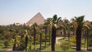 Mena House, Blick auf die Pyramiden