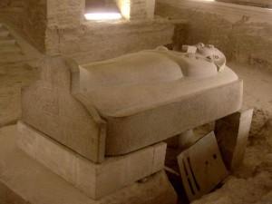 Sarkophag im Grab Merenptahs