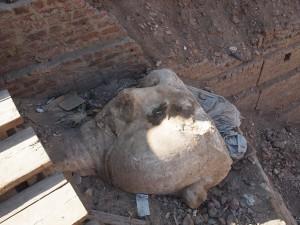 Kopf Ramses II. in Achmim