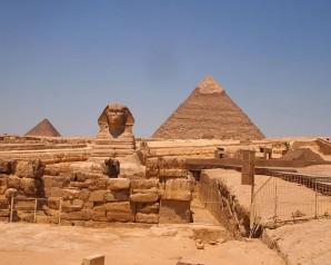 Pyramiden und die Sphinx