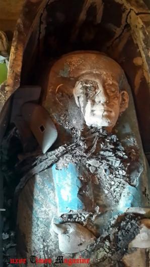 Foto des inneren Sarkophags der Ta-Akhet