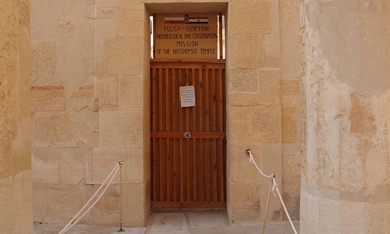 Bald erhalten wir Einblicke hinter die Tür, die für uns wegen Restaurationsarbeiten jahrelang verschlossen war