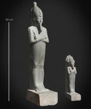 Foto von Osiris-Statue und Osiris-Figur