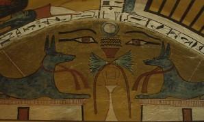 Zwei Anubis-Schakale aus dem Grab des Sennedjem