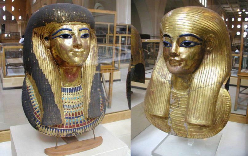 Die Mumienmasken von Tuja (li) und Juja (re). Ägyptisches Museum Kairo. Foto: Jon Bodsworth, gemeinfrei