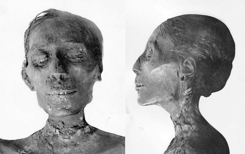 Mumie Thutmosis IV., Bilder aus G.E.Smith: The Royal Mummies, Kairo 1912, Copyright expired
